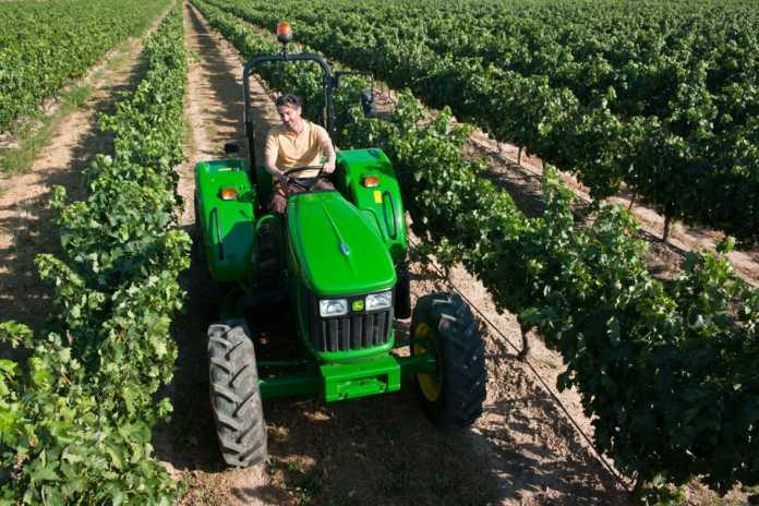 πληρωμή-αγροτών-για-συνδεδεμένες-οπ
