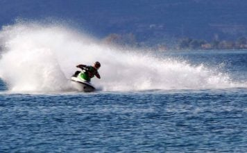 κρήτη-14χρονος-έκανε-jet-ski-και-κατέληξε-στο
